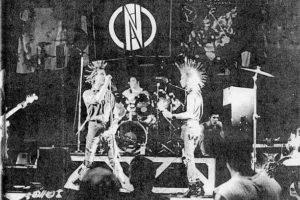 Anarcho-punk – mocne brzmienie i polityczny manifest