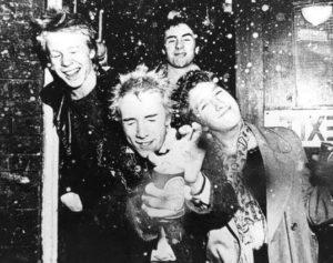 Punk'77 – Sex Pistols, The Clash i reszta brytyjskich buntowników