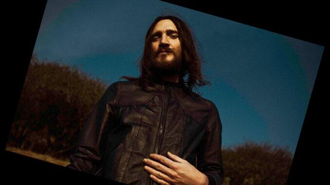 John Frusciante zapowiada elektroniczny hołd dla zmarłego kota